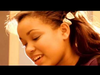 Dionne Bromfield - I Saw Mummy Kissing Santa Claus