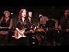 Bonnie Raitt - Right Down The Line