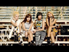2NE1 - FALLING IN LOVE M/V